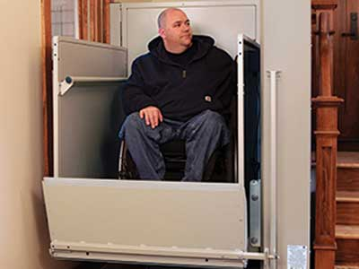 Bruno Residential VPL3100/VPL3200 wheelchair lift