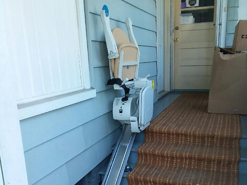 Residential outdoor stairlift installation