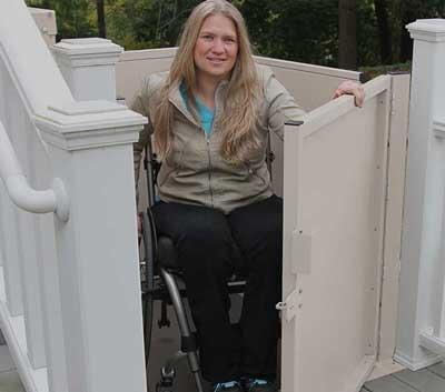 Wheelchair lift outdoors